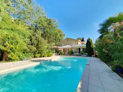 Maison F7 (256 m²) en vente