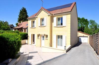 Maison 9 pièces (191m²), garage, jardin