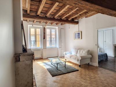 T3 - meuble - 57 m² - 69001 lyon