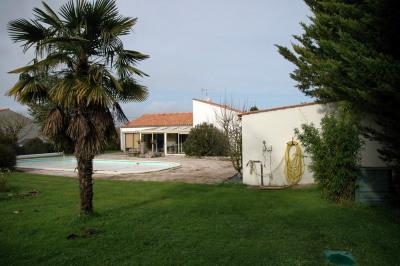 Maison Saint Jean de Liversay