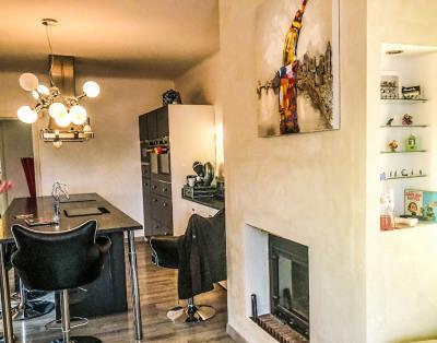 Belle maison avec gîtes en viager libre à Marguerittes