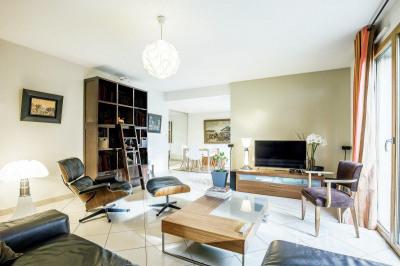 Tassin-la-Demi-Lune - Duplex apartment of 110 sqm - Garden of 10