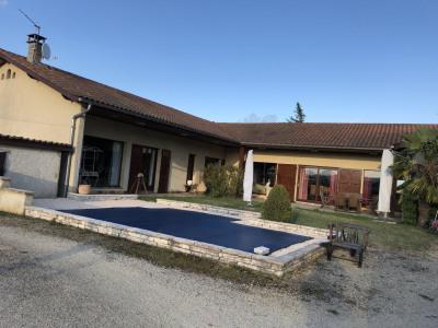 Villa t7 de 227 m² à estrablin