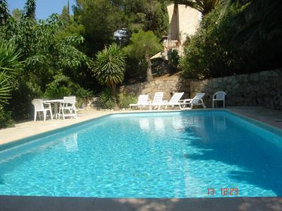 Vacation rental house / villa Les issambres 1875€ - Picture 2