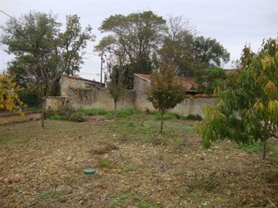 Sale house / villa Saint jean d'angély 54000€ - Picture 4