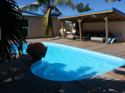 Villa T5 avec piscine - SAINTE ANNE