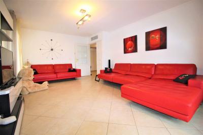 Appartement 3 pièces 74 m² à Villeneuve-Loubet
