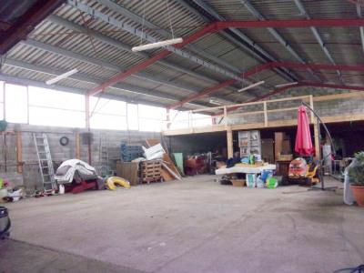 Bâtiment 350 m² Saint Aigulin