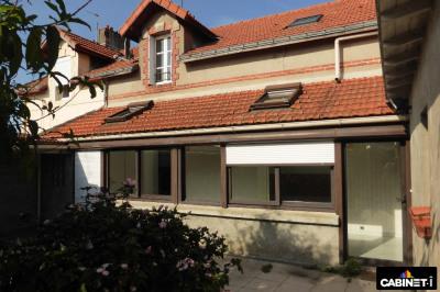 Maison Coueron 4 pièce (s) 94 m²