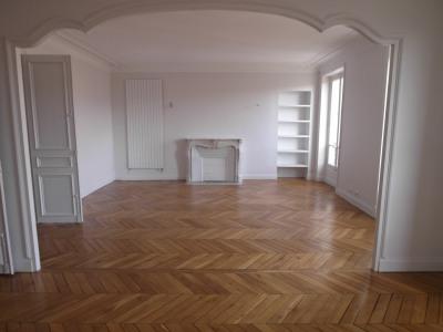 Appartement de 4 pièces dont 2 chambres