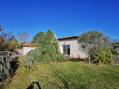 Villa Lasserre 5 pièce(s) 145 m2