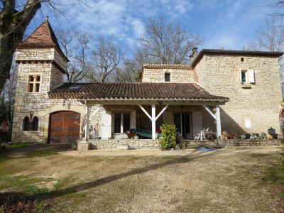 Stone-built property 8 rooms Lacapelle Cabanac