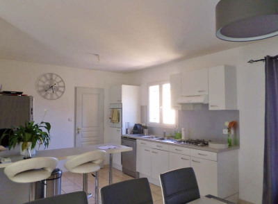 Location maison / villa St Saturnin les Avignon (84450)