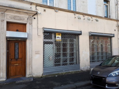Local commercial Saint Quentin 65 m²