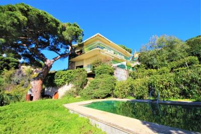 VILLA 8 pièces 210 m² à Cannes