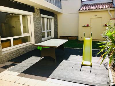 ROCHES DE CONDRIEU, Appt T4 de 100 m² avec jardin de 44 m