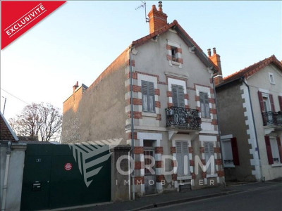 Maison ancienne cosne cours sur loire - 5 pièce (s) - 122 m²