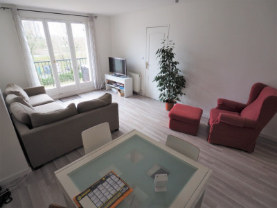 A vendre à le mee sur seine appartement de 4 pièces de 92 m²