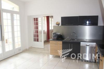 MAISON de 80 m², 3 pièces avec terrasse proche commerces