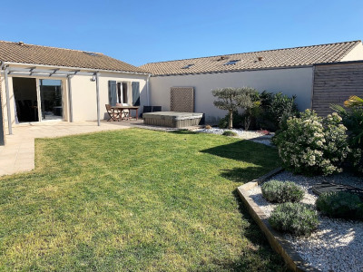 Maison La Jarrie 6 pièce (s) 141 m²