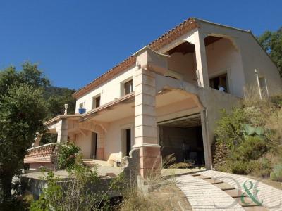 Villa vue mer à vendre au Rayol Candel sur mer