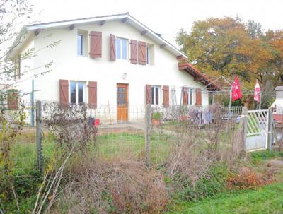 Maison Saugnac Et Cambran 6 pièce (s)