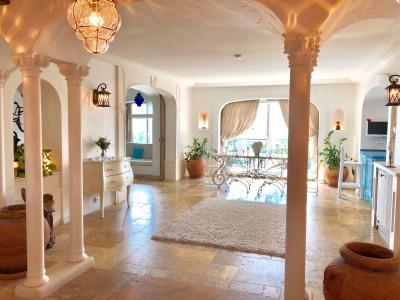 Magnifique appartement avec Terrasse et vue sur tout Paris