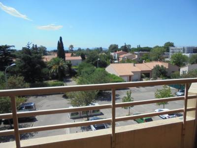 Appartement type F4 avec terrasse et place de parking privat