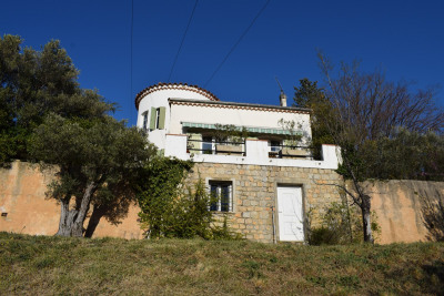 Villa à pied au village