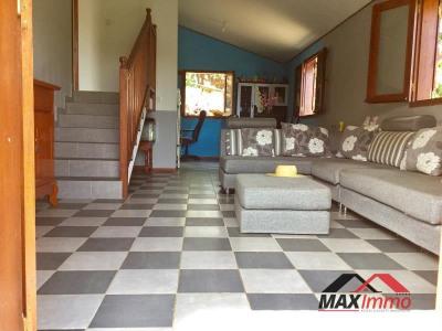 Maison st benoit - 3 pièce (s) - 70 m²