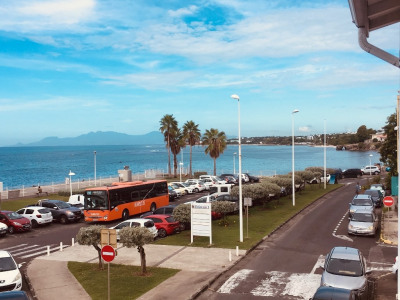 Local commercial 65 m² vue mer !!!