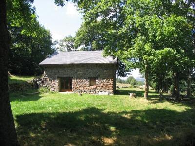 Grangette rénovée dans petit hameau de St Front