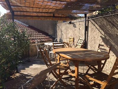 CABRIES centre Maison de village 4 pièce (s) avec extérieur