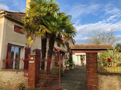 Maison Viella 5 pièce (s) 174 m²