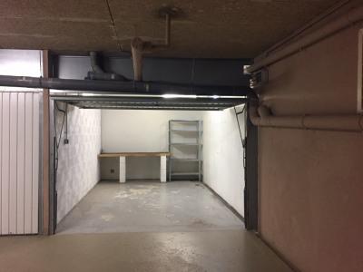 Plateaux fleuris: garage 15m² dans résidence sécur