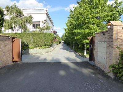 28,89 m² + parking