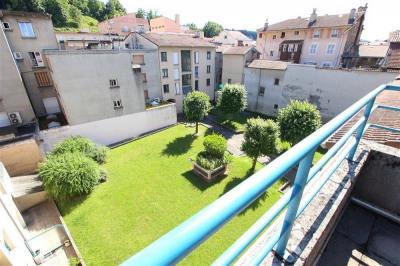 Duplex 84 m² hyper centre très calme a Bourgoin jallieu