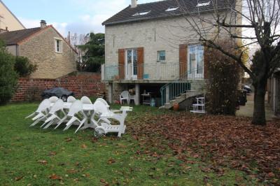 Maison Conflans Sainte Honorine 6 pièce(s) 645 m2
