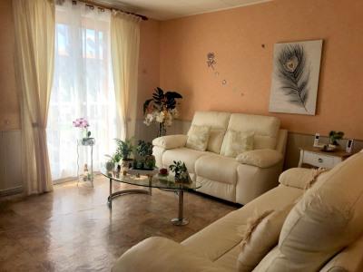 Appartement Salon De Provence 4 pièce (s) 67 m²
