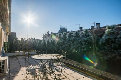 Appartement Type 4 terrasse sans vis à vis 90 m² BELLEY