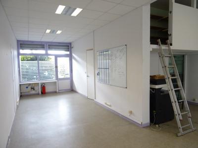 Locaux 120 m², a vendre a Saint-denis
