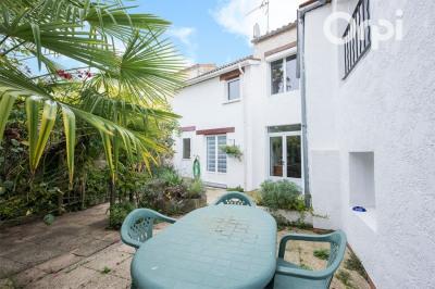 Maison 6 pièce (s) 190 m²