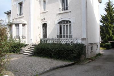 Maison bourgeoise de 200 m² - USSEL CENTRE -
