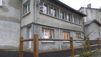 Maison de bourg rénovée 280m² hab meublée proche du lac d'I
