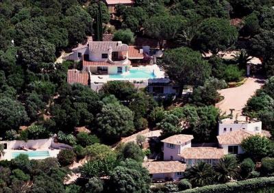 Domaine: 3 maisons