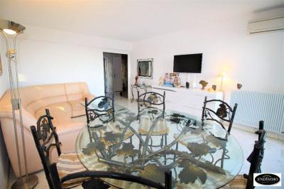 Apartment 2 rooms 50 m² in Saint Laurent Du Var