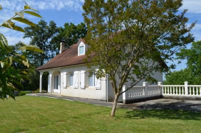 Maison Bernadets 5 pièce(s) 130 m2