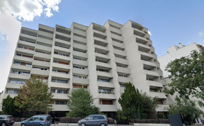 Studio 29 m². Balcon et parking