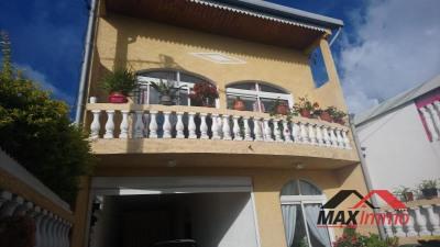 Maison le tampon - 4 pièce (s) - 188 m²