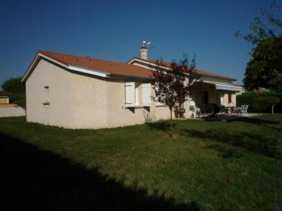 Maison à vendre. 10 photos. Ajouter à ma sélection. Maison   villa Saint- Cyprien (42160) 181d37454c43